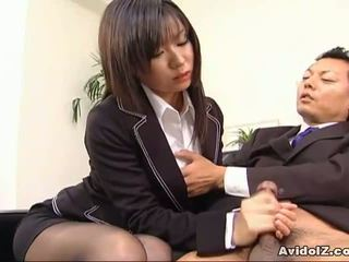 Seksualu sekretorė satomi maeno sucks an bjaurus bybis!