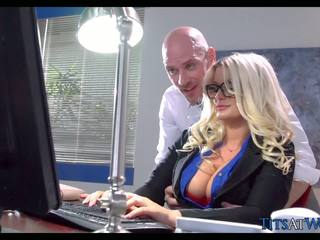 bộ ngực to, brazzers, milfs