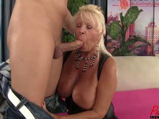 Cycate blondynka gilf mandi mcgraw enjoys część kutas: hd porno f5