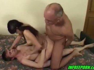 Beauty brunett ryska tonårs gjutning fan