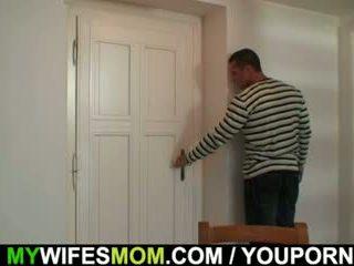 Μαλακία μητέρα gets busted και screwed