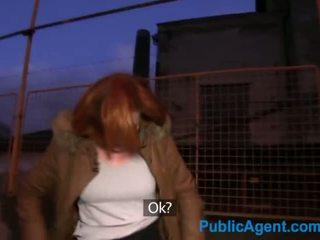 Publicagent ginger sievietes fucks a stranger uz viņa automašīna par sīknauda - porno video 851