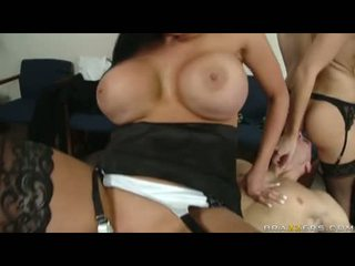 Fleshly audrey bitoni cant live without to see alettas hole getting plowed poolt a tohutu munn