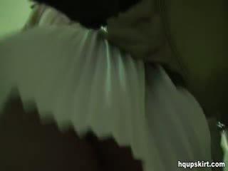 בנות, עירום, תחתונים