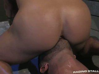 Adam killian & tyler wolf: muscle men seks / persetubuhan