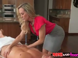 MILF Brandi special massage with Taylor