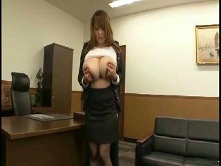 Massiv tuttarna japanska gets fondled