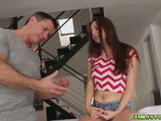 Elektra masáž ju krok otec