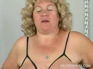 Her secret dateKeywords for this solo ...