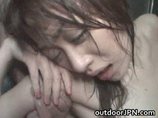 Akari hoshino japonesa ao ar livre difícil