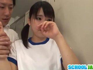اليابانية فتاة tsuna nakamura غير مارس الجنس بواسطة two guys