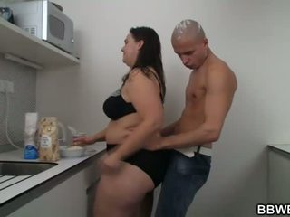 Panas bbw seks di yang dapur