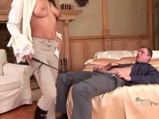 Hawt zafira mengisap di kontol dan playes dengan dia kaki penyusunan dia rigid