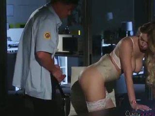 Säkerhet guard fucks accountant natalia starr i den kontors