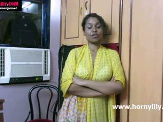Indiane vogëlushe lily chatting me të saj fans - mysexylily.com
