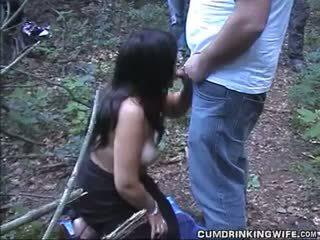 เมีย sucks ปิด strangers ที่ highway ส่วนที่เหลือ พื้นที่