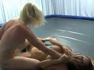 Donna vs pamela (td) 11 orgasms