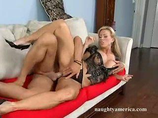hardcore sex, iso mulkku, isot tissit