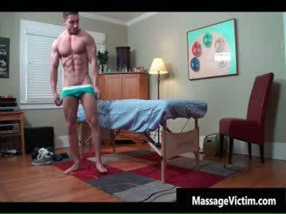 Super chaud bodied guy gets huilé pour gay