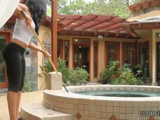 Aaliyah kjærlighet knullet av lotus lain s strap på