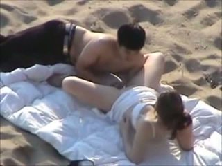 Sex On The Beach - Couple Caught Fuck In The Beach