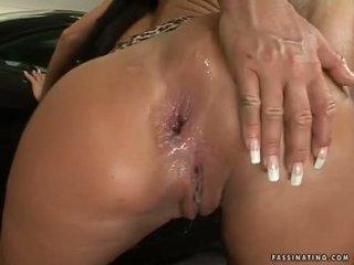 Bong bóng butted bé christina bella acquires một load của cream pie trong cô ấy luch holes