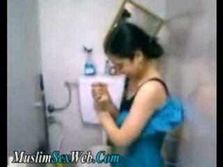 Ai cập gf fingered trong nhà vệ sinh
