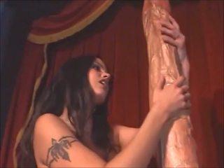 Obrovské vibrátor pre môj pička, zadarmo vibrátor pička hd porno 05
