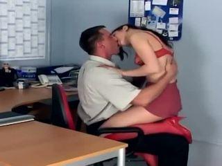 birojs, sīka auguma, erotisks