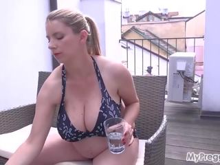 big boobs, solo girl, skūta