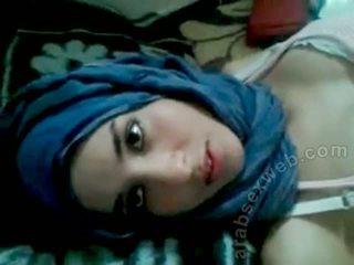 Goergeous arab мадама с bf-asw1039