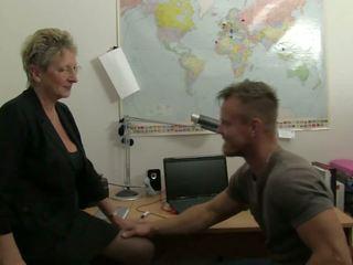 Xxx omas - sporco germany nonnina takes pene a il ufficio