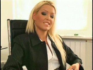 Super seksikas ja ilus uus lesbid sekretär