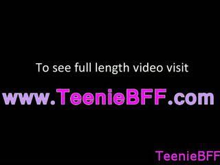 熱 青少年 咂 和 他媽的 視頻 免費 在線