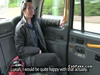 Brits babe gets nauw bips banged in fake taxi