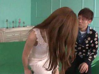 Erena aihara looks így édes -ban egy cream csipke ruha