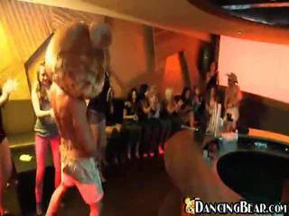 Hardcore grupa sekss ballīte