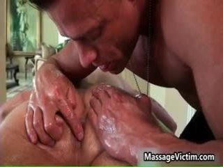 Braxton bond gets viņa astonishing ķermenis massaged 9 līdz massagevictim