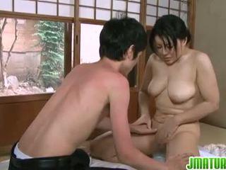 日本語 日趨成熟: 日本語 成熟 孩兒 同 她的 年輕 枯瘦 lover.
