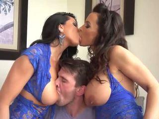 Lisa ann และ romi ฝน shares หนึ่ง โชคดี คน