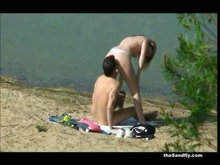 Thesandfly sæd lovin strand jenter!