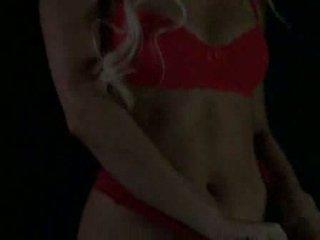 Paris Hilton Der Strip aus House of Wax