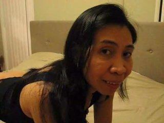 Filipina Mrs. Gina Jones Swallows Bulls JIzz