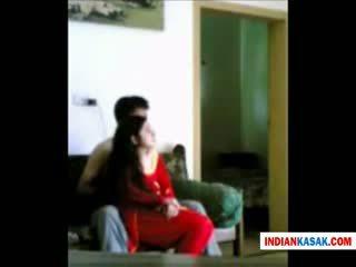 Indiai desi rendőr férfi enjoying -val övé gf -ban otthon által pornraja