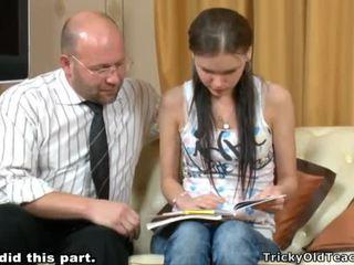 Tricky mugallym seducing student