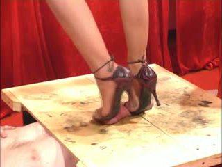 Sepatu proyek sikil proyek