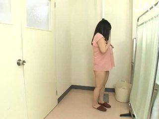 יפני, ציצים גדולים, תינוק