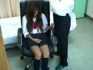 Spycam 여학생 misused 로 의사 3
