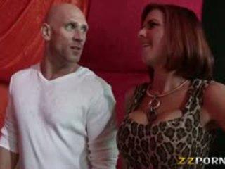 Two rondborstig whores nora noir en veronica avluv sperma ruilen