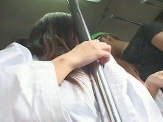 Barmfager japansk jente hitomi tanaka banged i offentlig